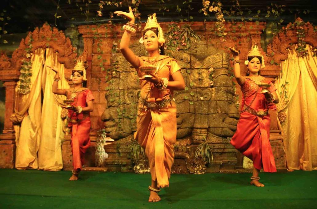 Danse-Apsara-1030x679